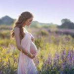 Беременных женщин нельзя отправлять в командировку