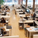 Рабочее место сотрудника в организации