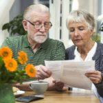 Нюансы постановки пенсионера на биржу труда после сокращения