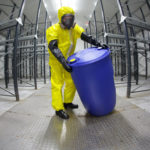 Запрещен отказ в отпуске лицам работающим на химически опасных предприятиях