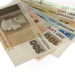 Минимальный доход в Латвии