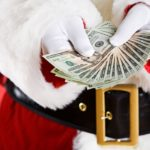 Выплата денег перед праздником