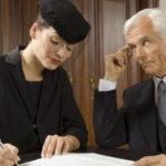 Пособие на погребение могут получить муж или жена усобшего