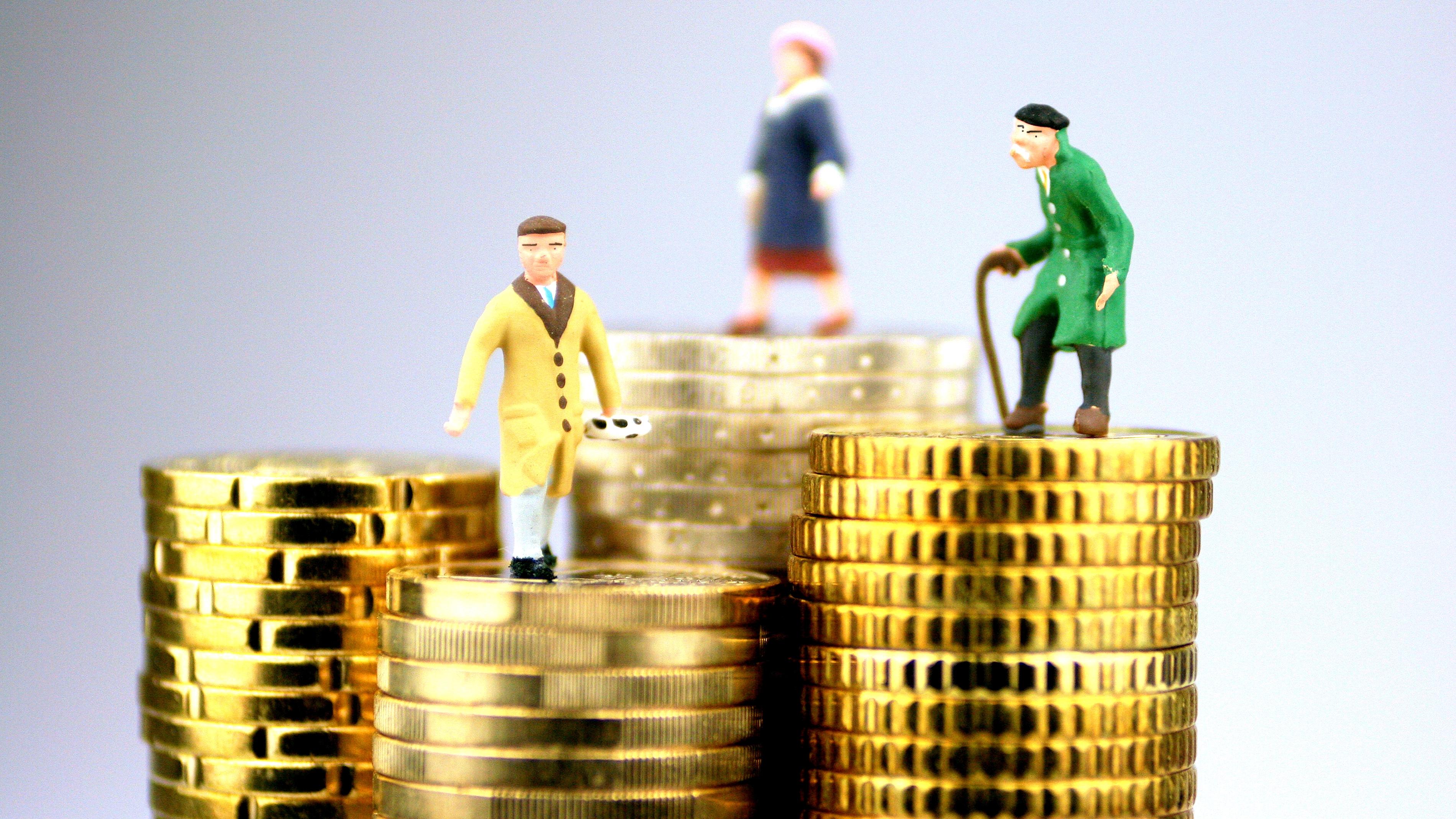 Как влияет стаж на размер пенсии