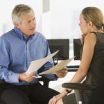 Собеседование работодателя с претендентом на работу