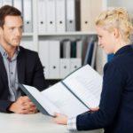 Личное обращение кандидата в кадровый отдел фирмы с заявлением на трудоустройство